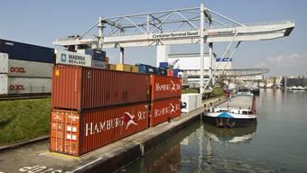 Die Exporte treiben das Wirtschaftswachstum an (Archiv)