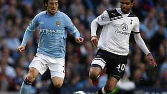 David Silva (links) mit Manchester City auf Kurs