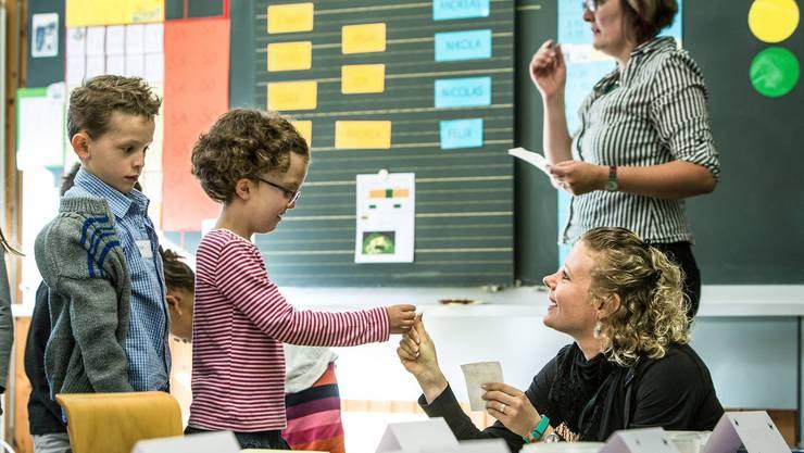 Die Aargauer Regierung will auf 250 Lehrerstellen verzichten