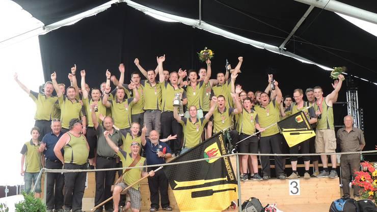 Mit der höchsten Punktezahl im Sektionswettfahren sichern sich die Schwaderlocher den heiss umkämpften Schweizermeistertitel.