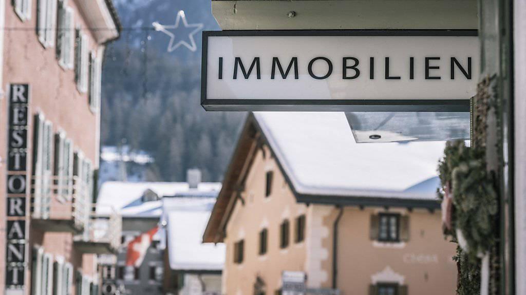In der Ostschweiz (Bild Bergün GR) geht es am längsten bis inserierter Wohneigentum verkauft wird. 119 Tage, das ist noch 36 Tage länger als in der  Vorjahresperiode.