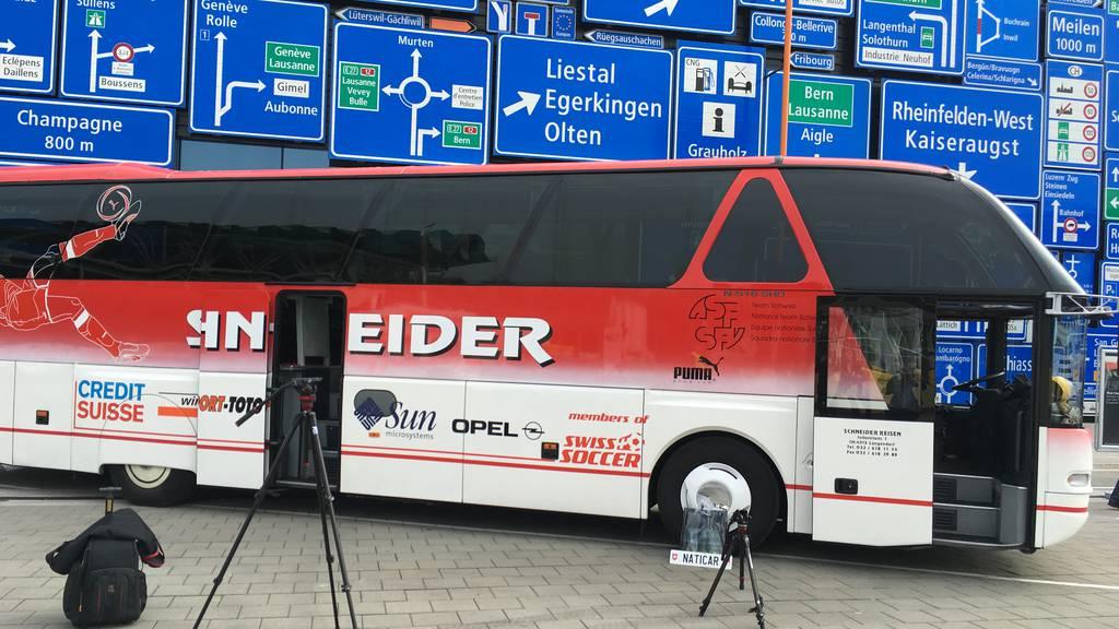 Alter Schweizer Nati-Car neu im Verkehrshaus Luzern