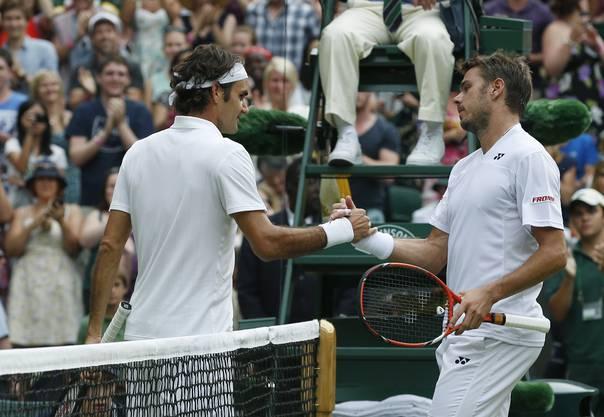 Wimbledon 2014: Regen als Verbündeter in der «Battle of Switzerland». Wawrinka liegt in der Weltrangliste vor Federer, hat zudem im Final von Monte Carlo das letzte Duell gewonnen. Aber wegen Regens hatte er vor dem Viertelfinal, der «Battle of Switzerland», an drei Tagen in Folge gespielt. Federer setzt sich in den Viertelfinals 3:6, 7:6, 6:4, 6:4 durch. Im Final unterliegt er Djokovic.