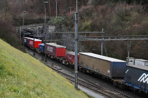 Güterzug 95-100 dB