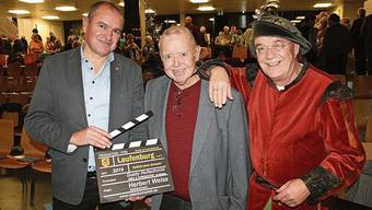 Im Dezember 2019 feierte der Film über Laufenburg von Gusty Hufschmid (Mitte) Premiere. Mit dabei waren Stadtmann Herbert Weiss und Graf Hans IV.