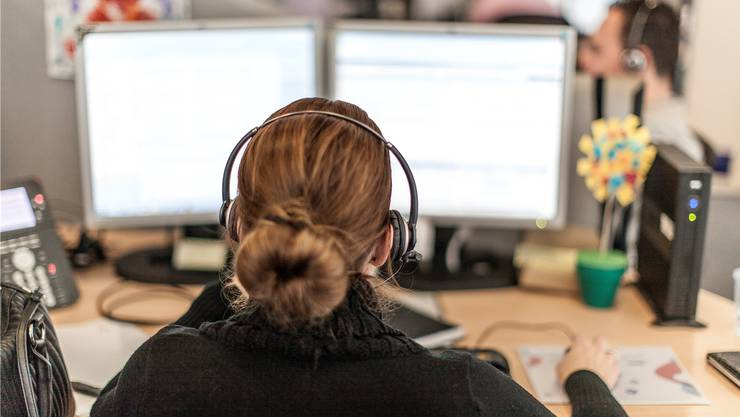 «Hätten Sie kurz Zeit für ein paar Fragen?»: Telefonanrufe von Callcentern finden viele lästig.