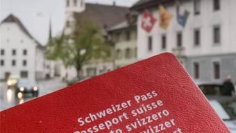 Am Ende eines langen Verfahrens winkt der rote Schweizer Pass. psi