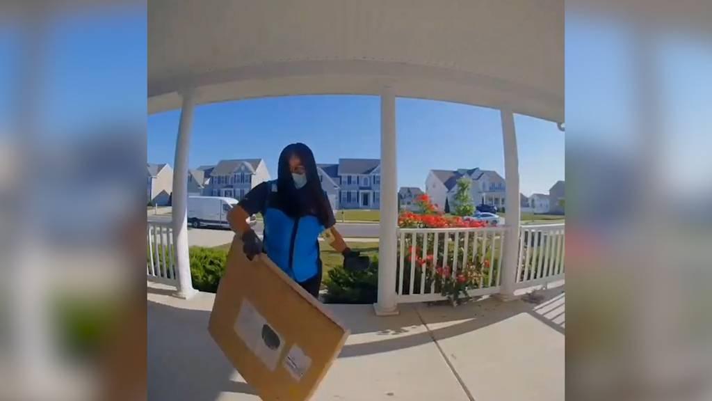 Amazon-Paketbotin geht viral