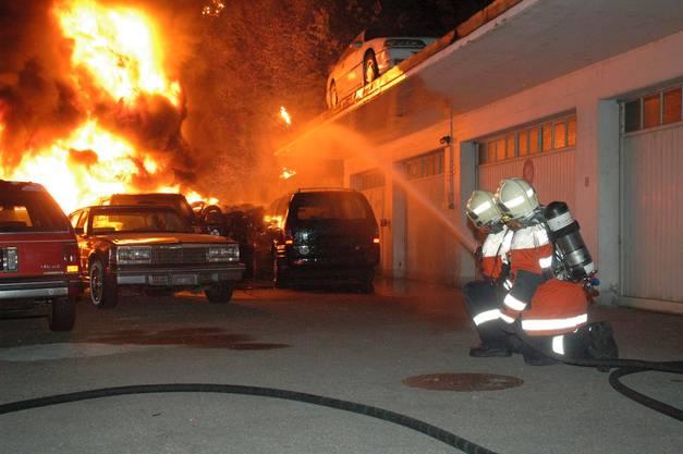 Der Brand brach gegen 22.30 Uhr aus