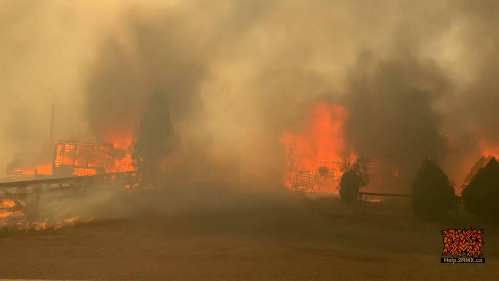 Feuer nach Hitzerekord: Kanadische Ortschaft brennt nieder