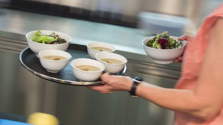 Der Aargauer Gastronomie drohen höhere Gebühren. (Symbolbild)