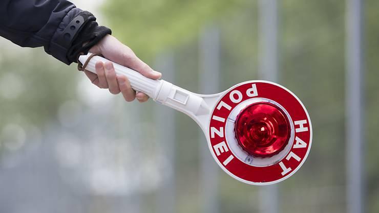 Die Kantonspolizei führte zur morgendlichen Hauptverkehrszeit erfolgreiche Kontrollen durch. (Symbolbild)