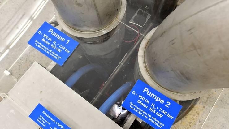 Der Betrieb der Verbindungsleitung zwischen den Reservoiren in Bellach und Lommiswil muss mit einer zusätzlichen Pumpe gesichert werden (Symbolbild).