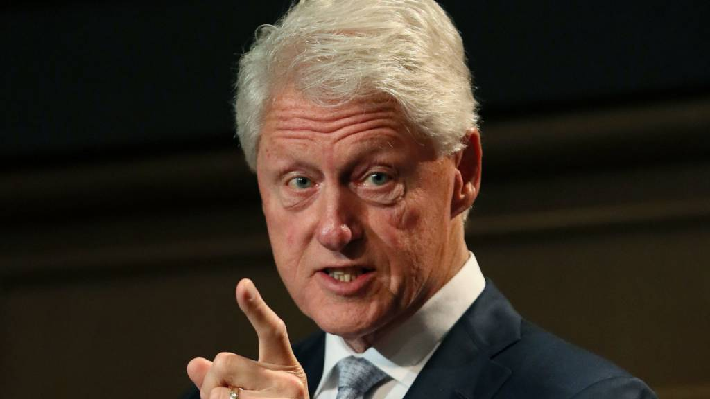 Ex-US-Präsident Bill Clinton in Krankenhaus eingeliefert