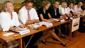 Das Komitee der Fusionsinitiative lancierte am 3. August in Brüglingen die Unterschriftensammlung.
