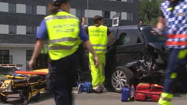 Car-Unfall mit FC Sion: Die querschnittgelähmte Autolenkerin, die in den Unfall verwickelt war, kämpft in Nottwil mit den Unfallfolgen.