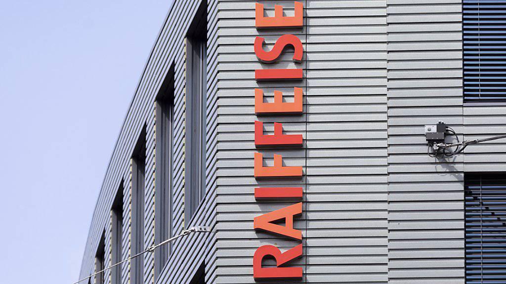 Raiffeisen Schweiz bleibt eine Genossenschaft. Der Verwaltungsrat hat die Umwandlung in eine AG verworfen. (Archivbild)