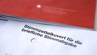 Die Abstimmungsunterlagen für den 25. November dürfen trotz hängiger Beschwerde versendet werden. (Symbolbild)