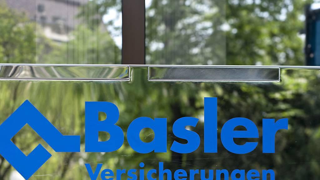 Die Wettermacher bei Baloise ziehen eine erste positive Bilanz aus dem Einsatz ihres «Hagelfliegers». Dieser habe zu geringeren Hagelschäden an Autos beigetragen. (Archivbild)