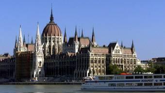 Ab 2012 dürfen ungarische Bürger nur noch Gerichturteile vor dem Verfassungsgericht prüfen lassen, die sie selber betreffen (Archiv)