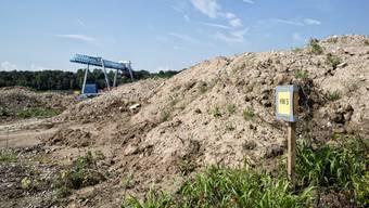 Gifte wie Ammonium, polyzyklische aromatische Kohlenwasserstoffe, Chlorbenzole oder Arsen findet man im Grundwasser-Abstrom der Kesslergrube.
