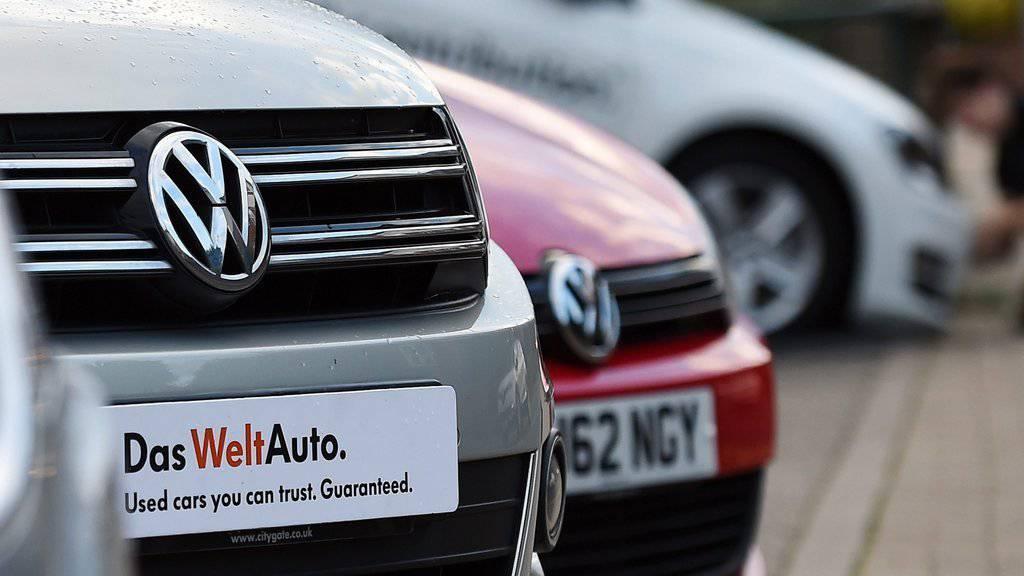 Volkswagen hat mit dem Abgas-Skandal international einen Rufschaden erlitten. (EPA/ANDY RAIN/KEYSTONE)