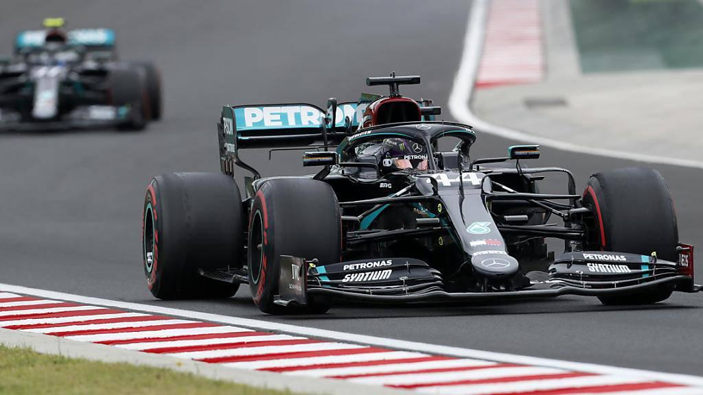 Regen und Gerüchte um Vettel prägen den Auftakt in Ungarn