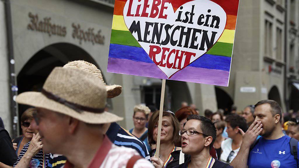 Das Strafgesetzbuch bietet bereits ausreichenden Schutz für Menschen, die in der Ehre verletzt oder physisch attackiert worden seien. Mit dieser Begründung lehnt die FDP ein spezifisches LGBTI-Diskriminierungsverbot ab. (Archivbild)