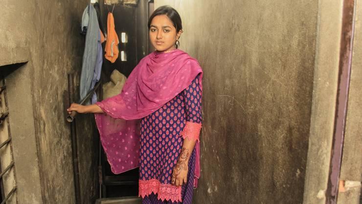 Als kleines Mädchen wollte sie Ärztin werden. Heute arbeitet Nabiha in einer Fabrik.