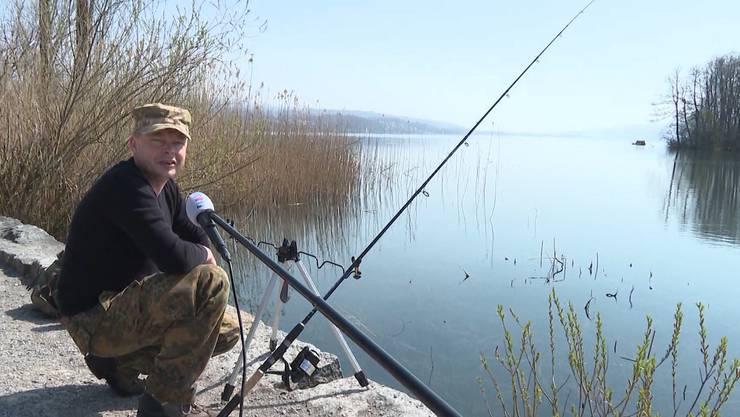 In Zeiten des Lockdowns ist der Hallwilersee eine beliebte Möglichkeit, den Kopf zu lüften und die Beine zu vertreten – oder eben zu angeln. (TeleM1)