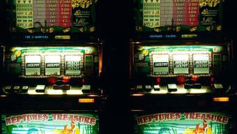 Es wurden illegal betriebene Glücks- und Wettspielautomaten sichergestellt. (Symbolbild)