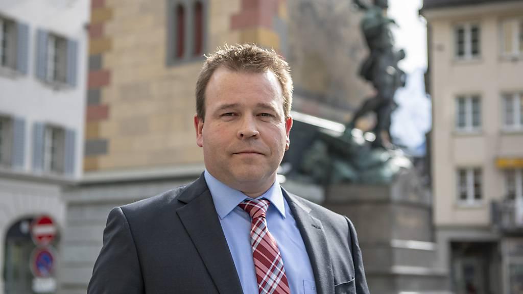 Der Urner Gesundheitsdirektor Christian Arnold (SVP) weitet die kantonale Teststrategie aus. (Archivaufnahme)