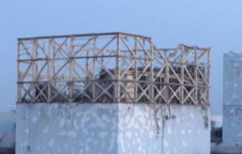Die atomare Katastrophe von Fukushima: Bei einer Expolosion wurden Teile des Reaktors beschädigt