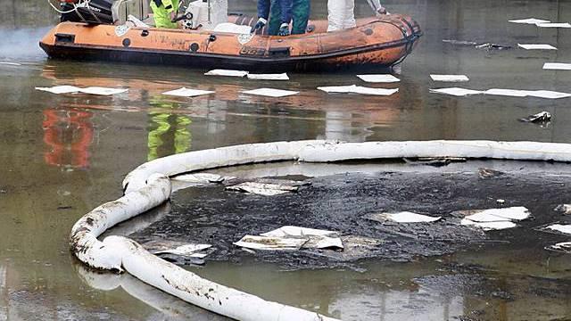 Mit Barrieren die Verschmutzung der Adria verhindern