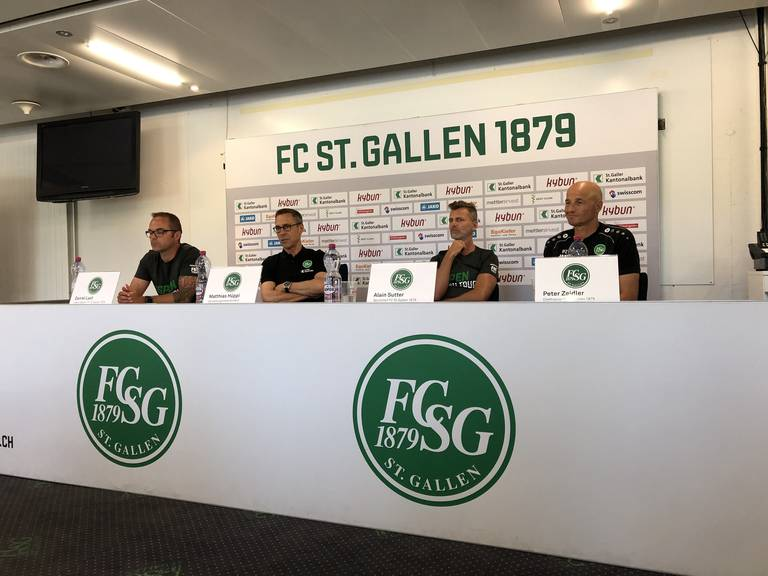 Der FC St.Gallen beantwortete am Mittwoch diverse Fragen zur neuen Saison. (Bild: FM1Today/Sarah Lippuner)