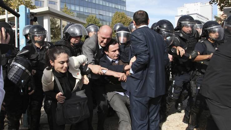 Für seine Botschaften scheut Kurti keinen Widerstand: 2012 bei Demonstrationen in Pristina.