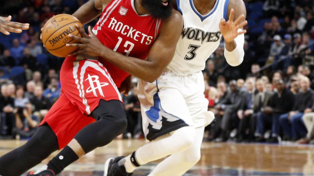 33 Punkte von James Harden (vorne) reichten den Houston Rockets in Minneapolis nicht zum Sieg