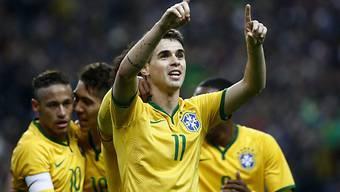 Der Brasilianer Oscar feiert seinen Treffer zum 1:1