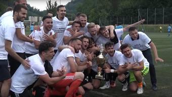 Adler-Jubel bei den Spielern des FC Eagles Aarau: Sie haben im Juni gegen Klingnau 3:0 gewonnen und den Aufstieg in die 2. Liga interregional geschafft.