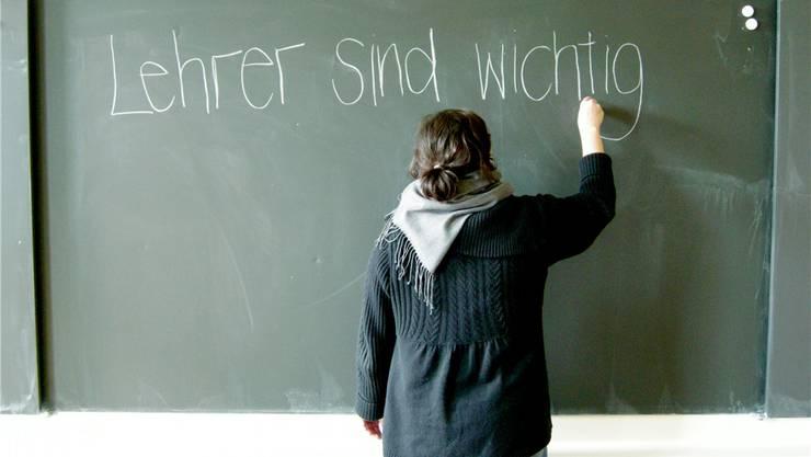 Die Lehrkräfte sollen Unterstützung durch Sozialarbeiter erhalten.