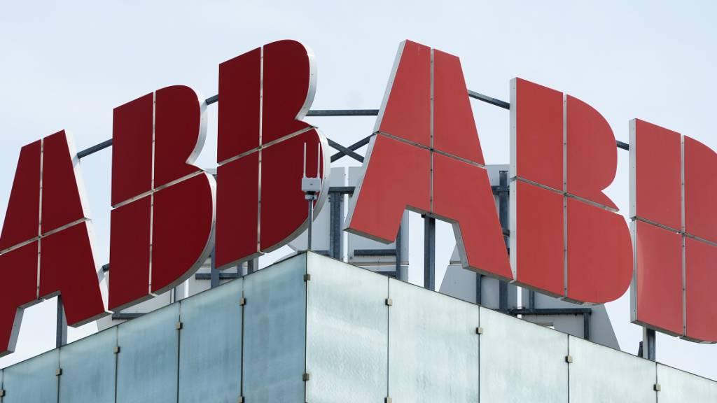 ABB hält sich in schwierigem zweiten Quartal besser als befürchtet