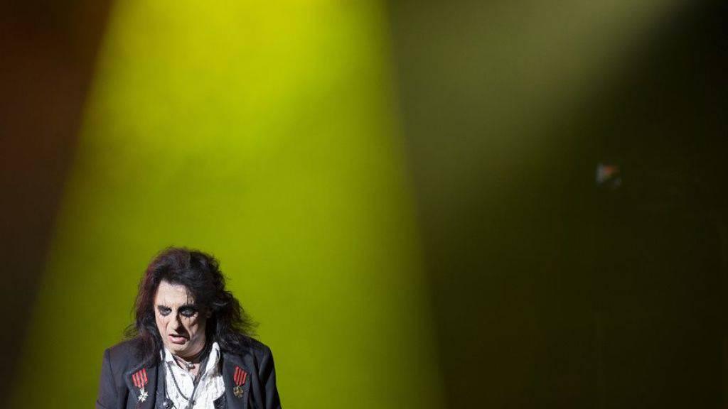 Liftfahren macht Schock-Rocker Alice Cooper «nervös»
