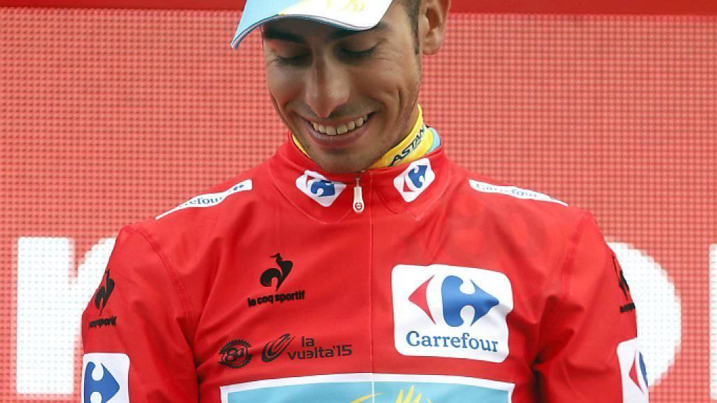Fabio Aru bleibt im roten Leadertrikot der Vuelta