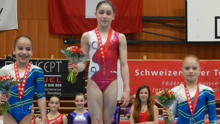 Anina Wildi, Livia Schmid und Leonie Meier (v.l.) turnten in einer anderen Liga. Foto: zvg