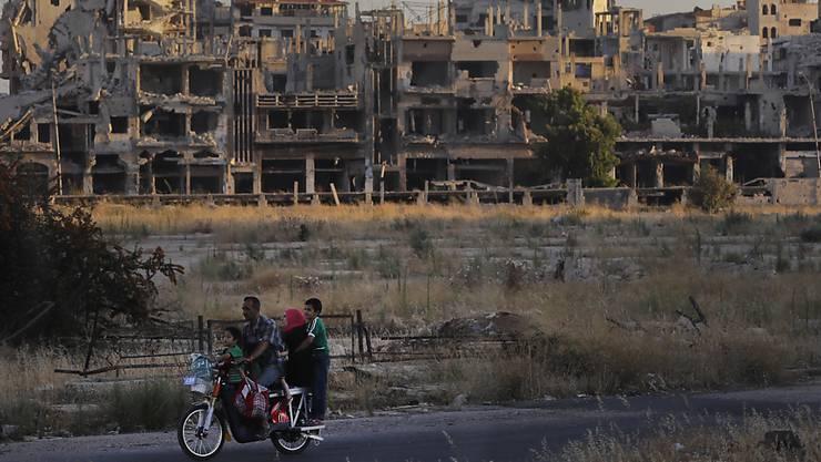 Ein Land, das völlig zerstört ist und wo die Menschen seit Jahren leiden: 400000 Menschen verloren im syrischen Bürgerkrieg seit 2011 ihr Leben. (Symbolbild)