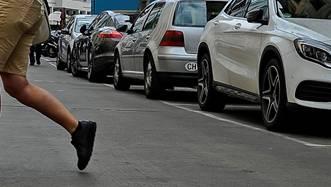 Wegen zu engem Parkieren – Situation gerät aus dem Ruder. (Symbolbild)