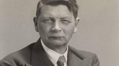 Architektur-Professor Hans Bernoulli wurde 1938 abserviert. (Wikipedia)