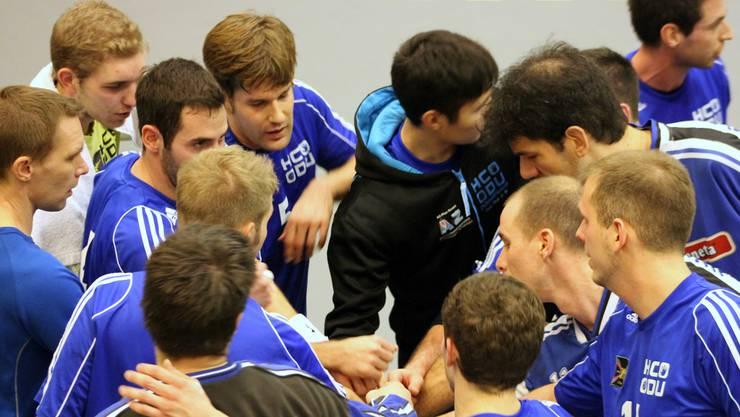Die zweite Mannschaft des HC Dietikon-Urdorf schwört sich auf das Spiel gegen Kloten ein.