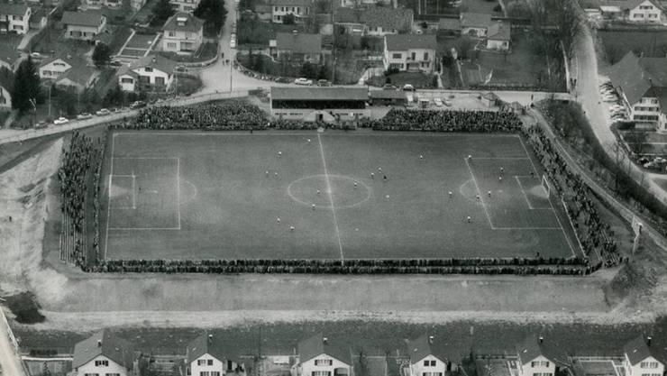 So sah das Brügglifeld 1959 aus. Über die Jahre hat sich 95-jährige Stadion des FC Aarau immer wieder verändert – seinen Charme verlor es bis heute nicht.