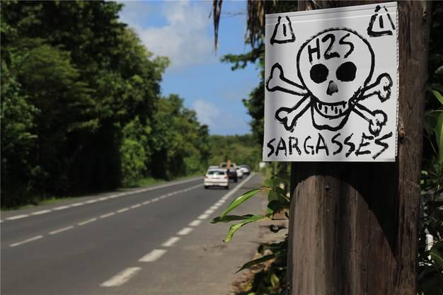 Warnung vor giftigem Gas.